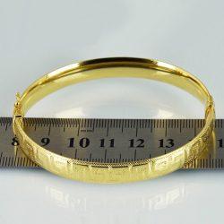 Pulsera de oro 14K Dimensiones 6.5 x 5 cm